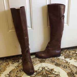 Pour la Victoire Boots Size 7M